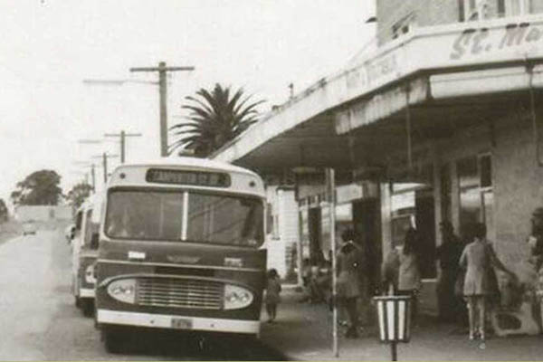 Bus at the corner of Queen Street, circa 1960s