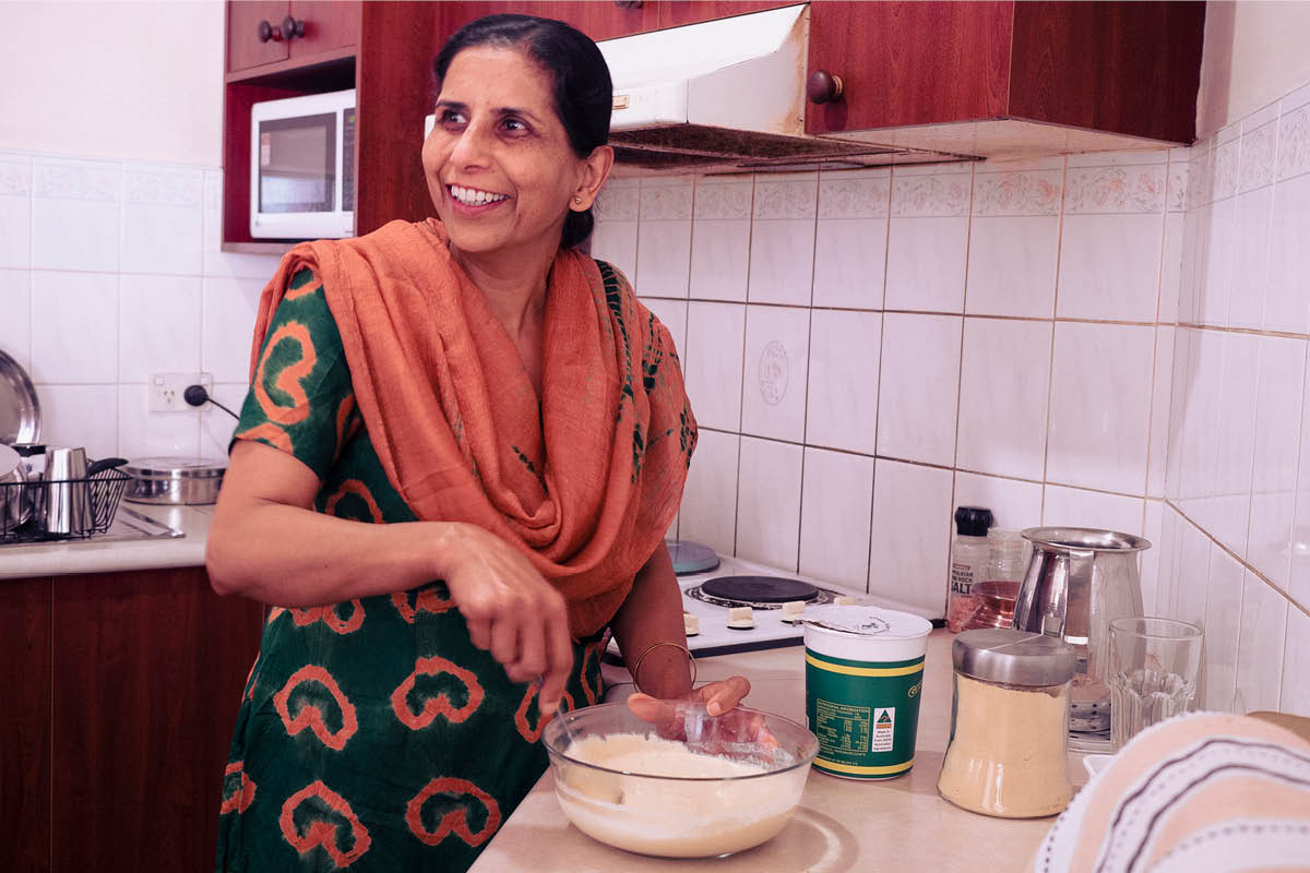 India lady cooking